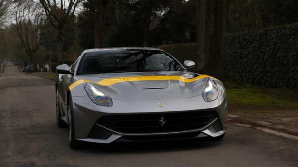 Ferrari uvádí model F12 Berlinetta v edici Tour de France 64