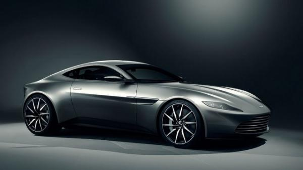 VIDEO - Aston Martin DB10 plive plameny v novém traileru