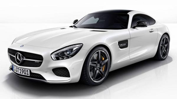 Mercedes AMG-GT s paketem Night Package