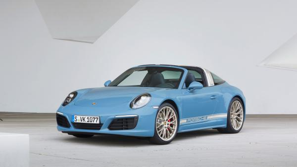 Porsche Exclusive pripravilo retro model 911 Targa 4S