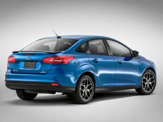 Ford Focus Sedan 2014: Facelift po vzore hatchbacku