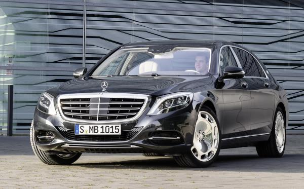 Mercedes predstavil nový Maybach