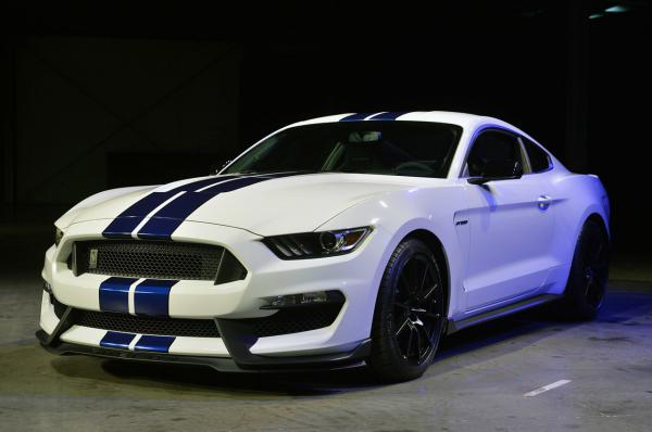 Návrat legendy Ford Shelby Mustang GT350