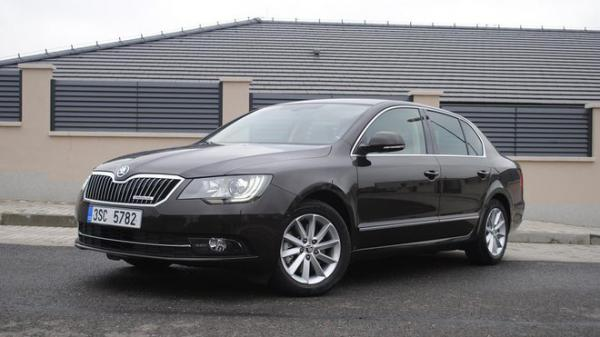 TEST: Škoda Superb 1.6 TDI GreenLine Elegance