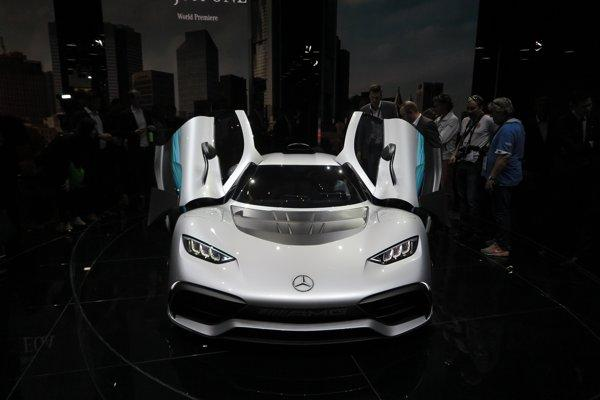 Mercedes-AMG Project One je čistokrvným športiakom