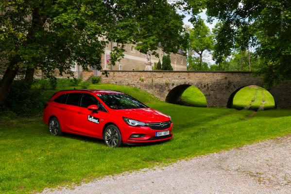 Test: Opel Astra ST 1,6i turbo